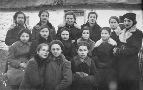 Bais Yaakov Kolbuszow